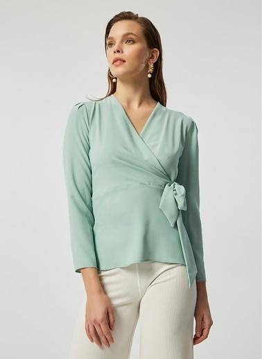 Monamoda Anvelop Kapama Crep Şifon Bluz Yeşil